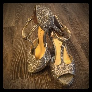 6.5 Silver Glitter Gianni Bini heels.